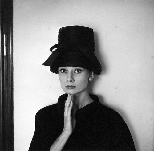 Audrey-Hepburn-21015864